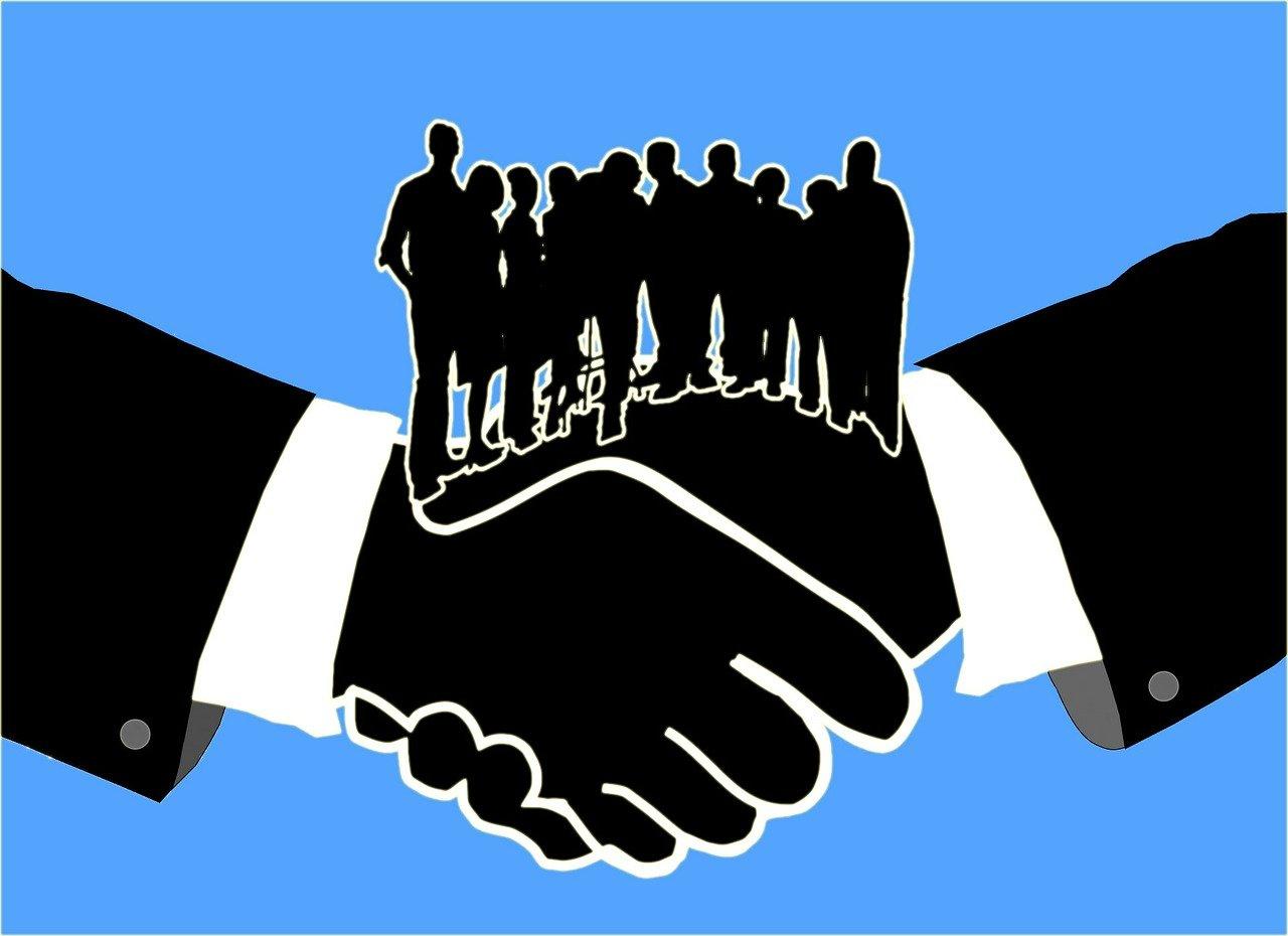 Чи можна замовникам спілкуватися з ринком (потенційними учасниками процедур закупівель і потенційними контрагентами) та на якому етапі?