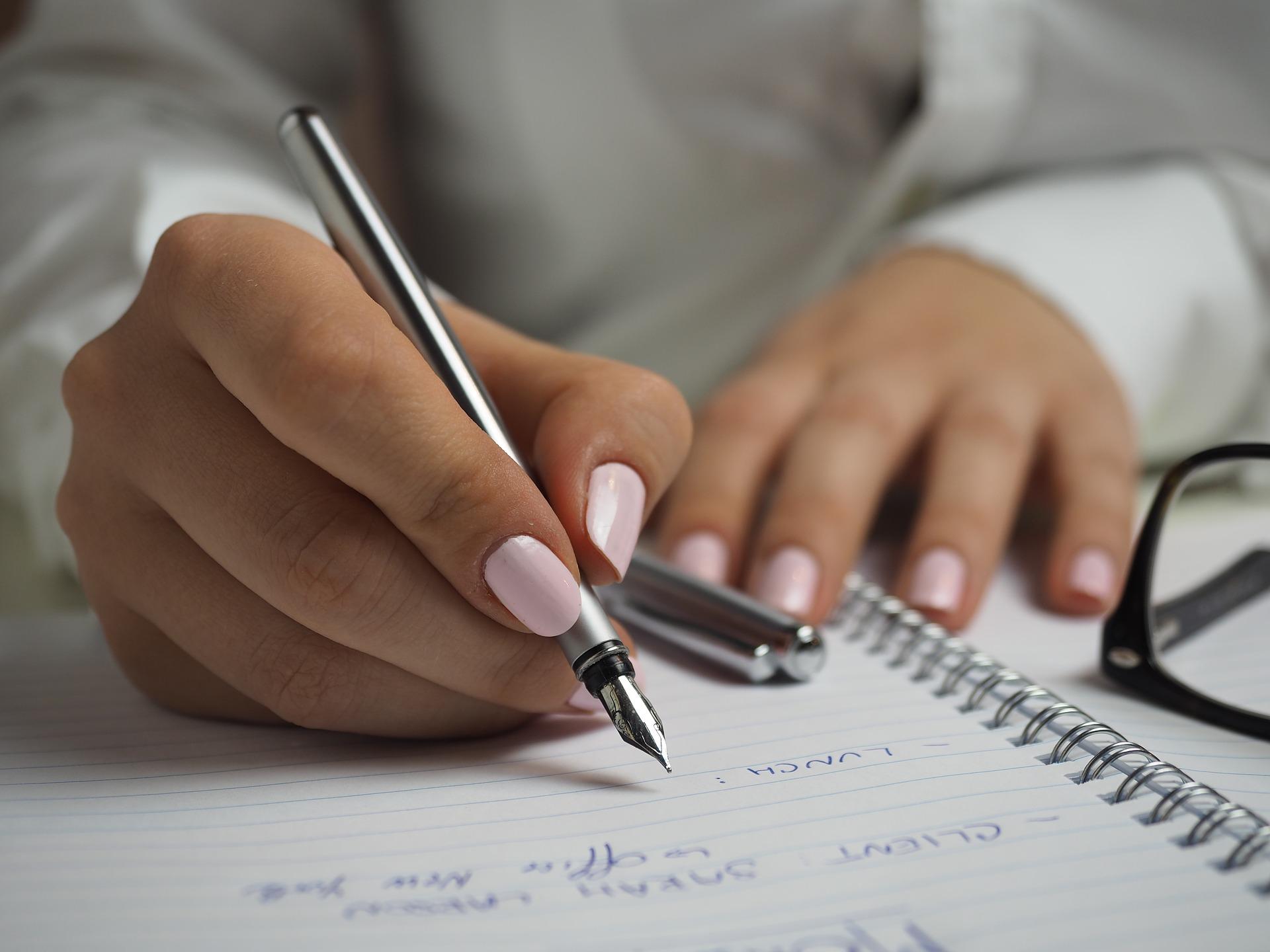 Щодо виконання умов замовника про надання штатного розкладу та наказів про прийняття на роботу