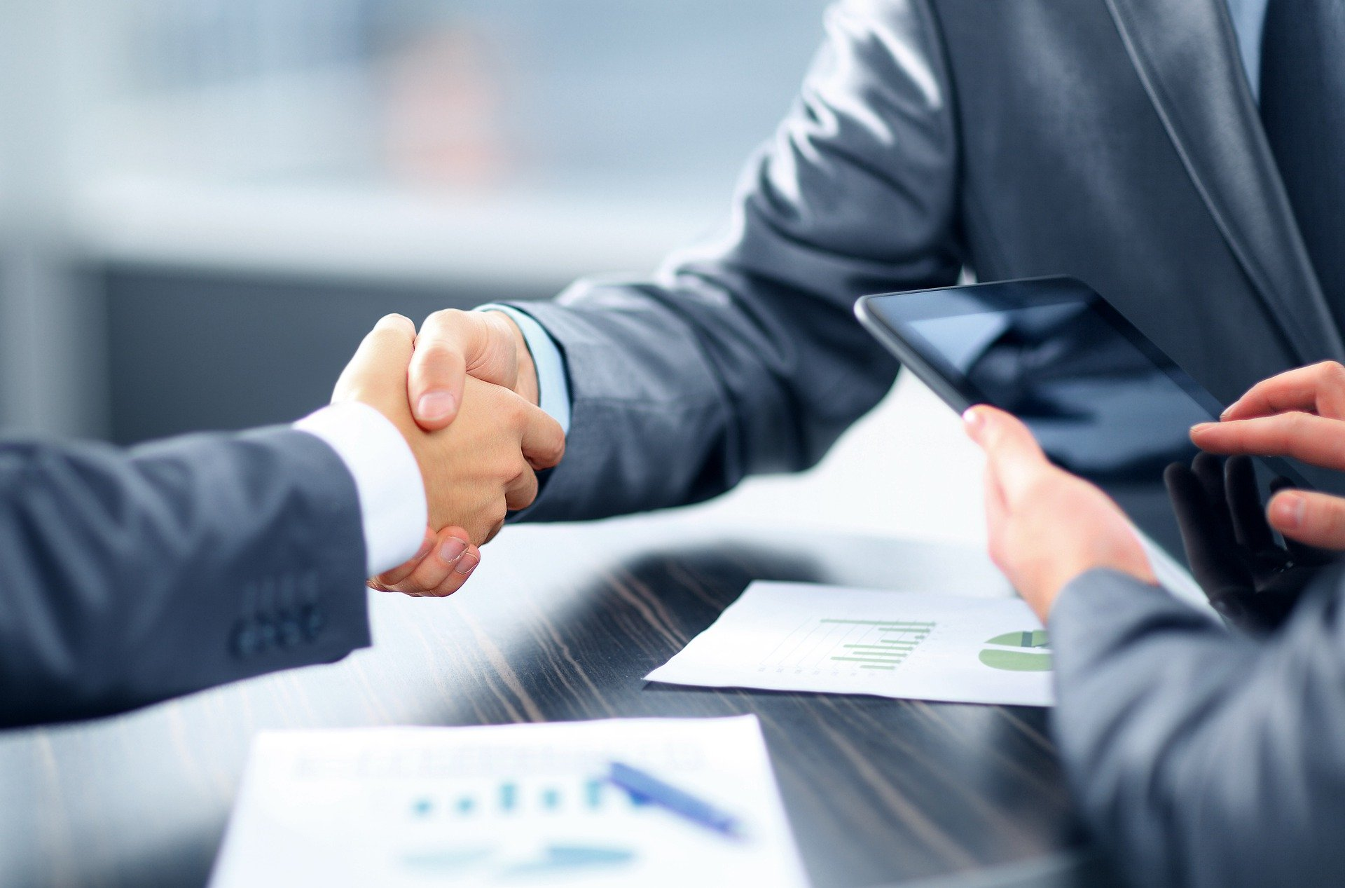 Інформація про кінцевого бенефіціарного власника в ЄДР від «А» до «Я»: усе що необхідно знати про відмову в участі у процедурі