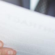 Чи поширюються вимоги щодо оприлюднення повідомлення про внесення змін до договору про закупівлю, укладеного без використання електронної системи закупівель?