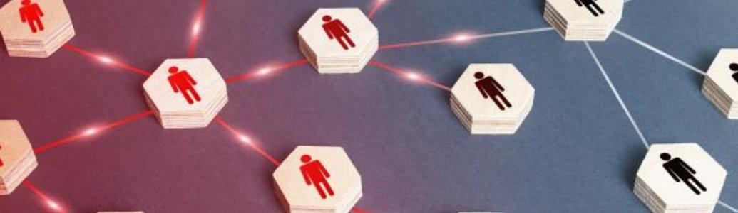 Обмеження щодо призначення уповноваженої особи та голови тендерного комітету відповідальним по одній процедурі закупівель
