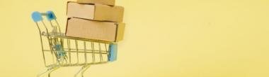 Чи зазначати номенклатурні позиції послуги в разі закупівлі товару із супутньою послугою?