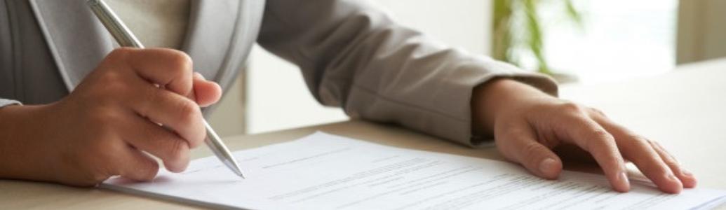 Договір про закупівлю укладено до 19.04.2020: керуватися статтями чинної чи попередньої редакції Закону?