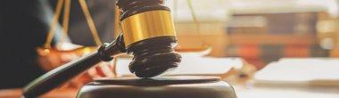 Не накладено електронний підпис на пропозицію учасника: якої думки суд?